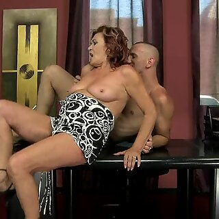 Horny gilf Lupita spreads her ass while waiting for the dick she loves.