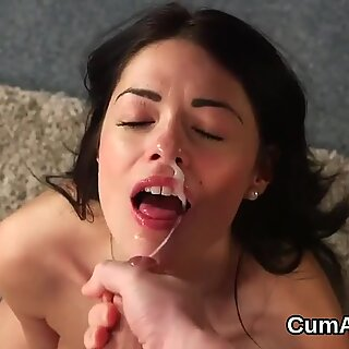 Slutty idol gets jizz load on her face swallowing all the juice